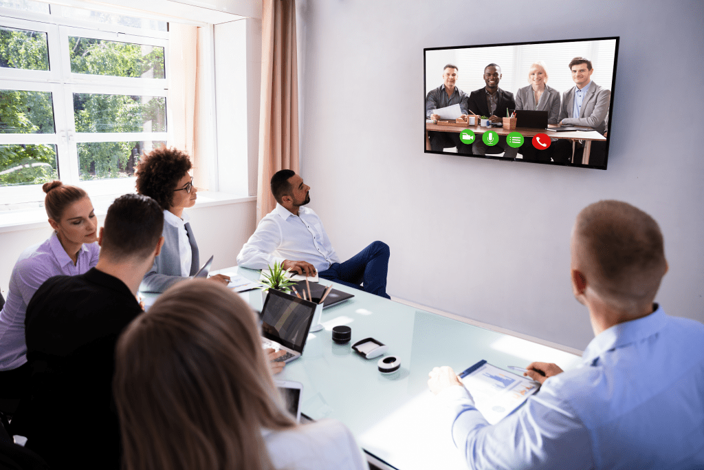 keep remote meetings enaged